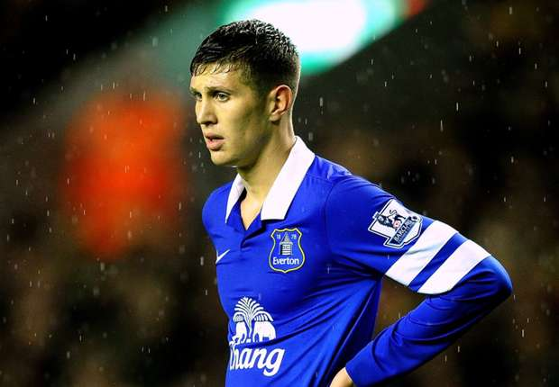 Martinez: Everton starlet Stones ready for England