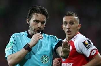 Controversial VAR decision causes bizarre half-time fiasco in Mainz-Freiburg clash
