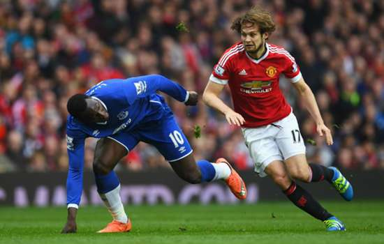 Smalling and Blind key to Manchester United victory - Mata