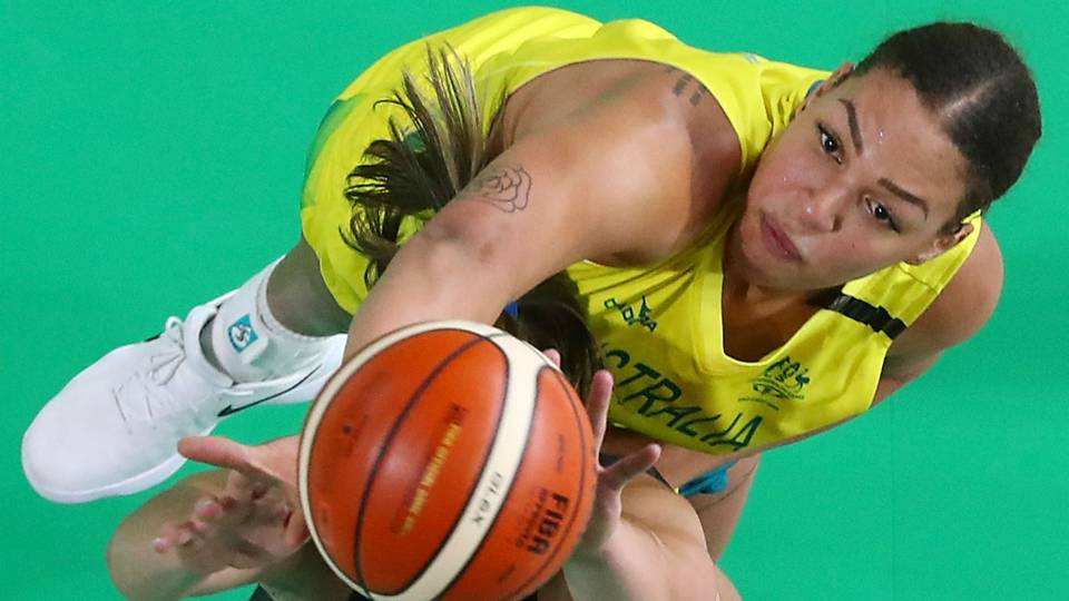 Liz Cambage considering retiring from WNBA after international season