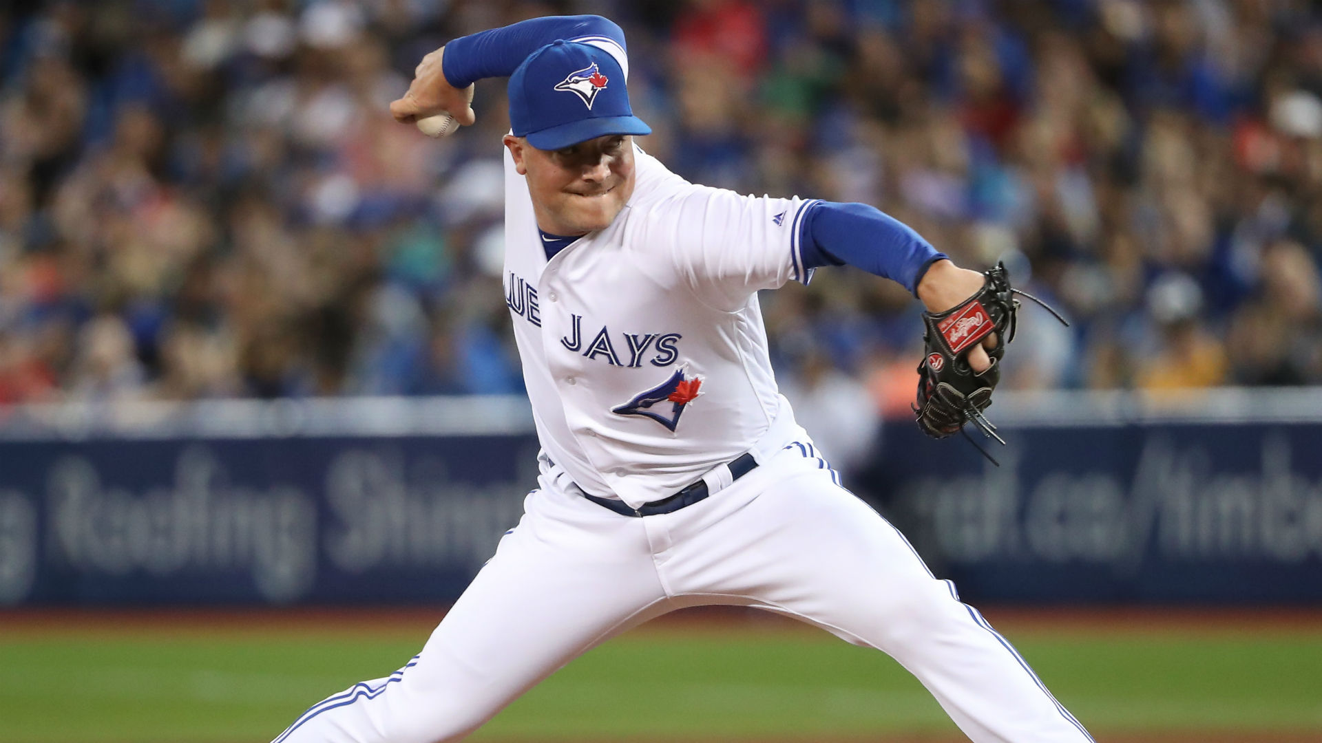 Blue Jays trade Joe Smith to Indians
