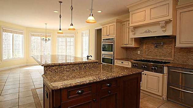 Take a tour of Aaron Hernandez's $1.5 million house that's ...