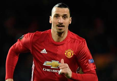 Zlatan hints at Man United stay
