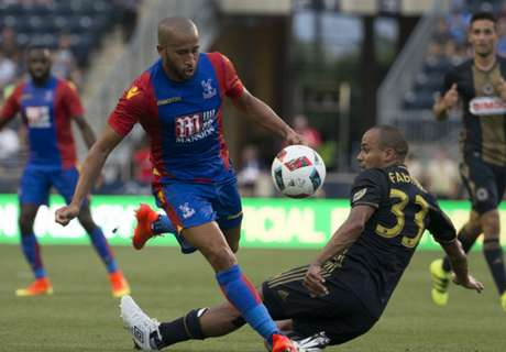 Townsend makes Palace debut