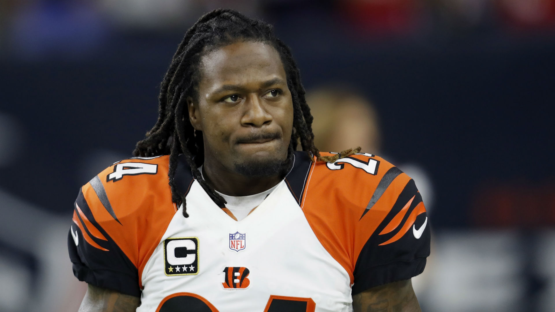 Adam 'Pacman' Jones Yells at Reporter for Question About Offseason Arrest