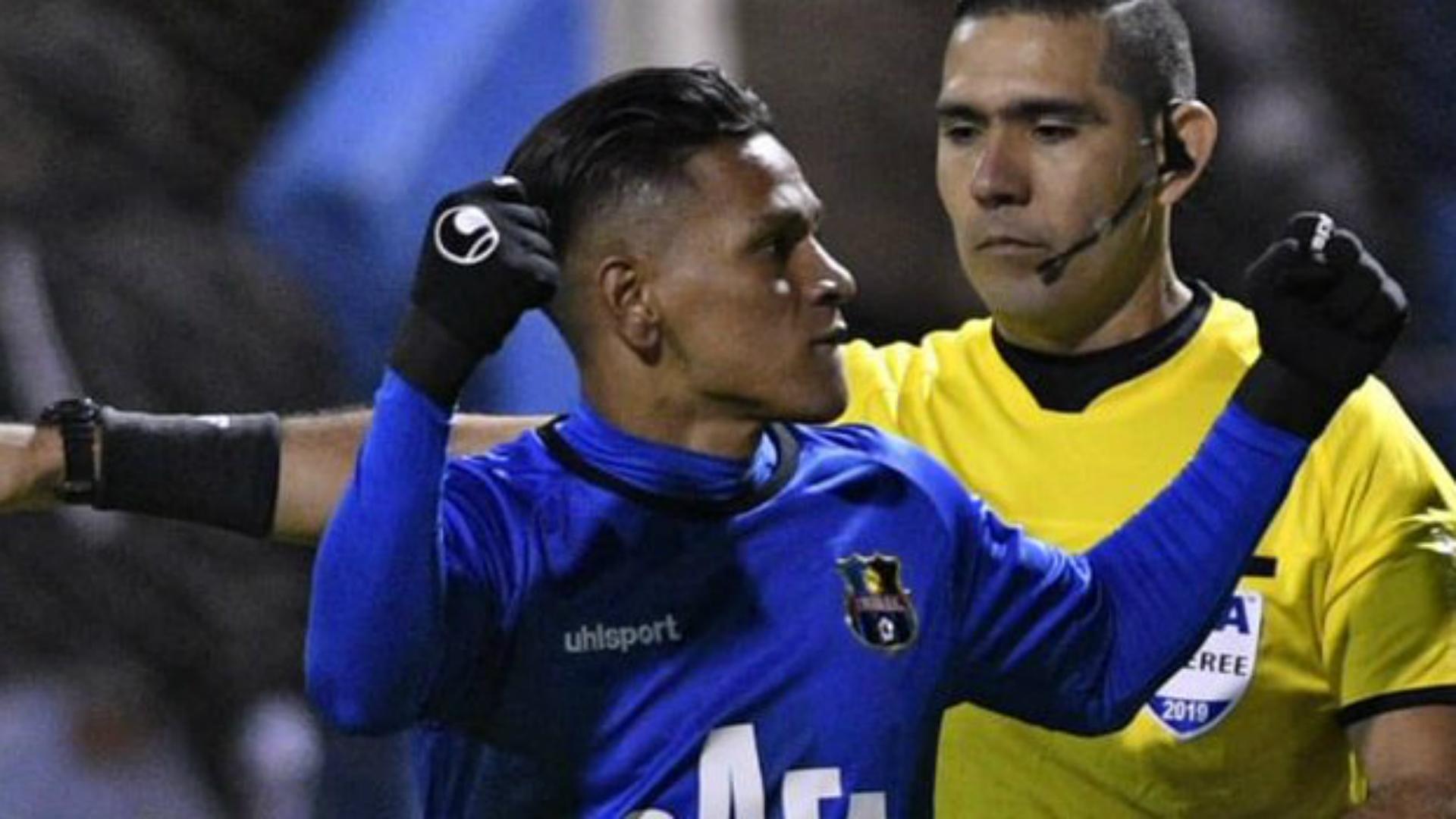 FC Zulia forward Bryan Moya