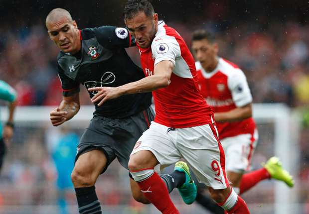 Wenger urges patience with Perez