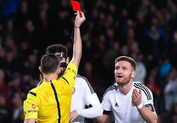 'Valencia dressing room is in the sh*t' - Mustafi apologises for Barcelona drubbing