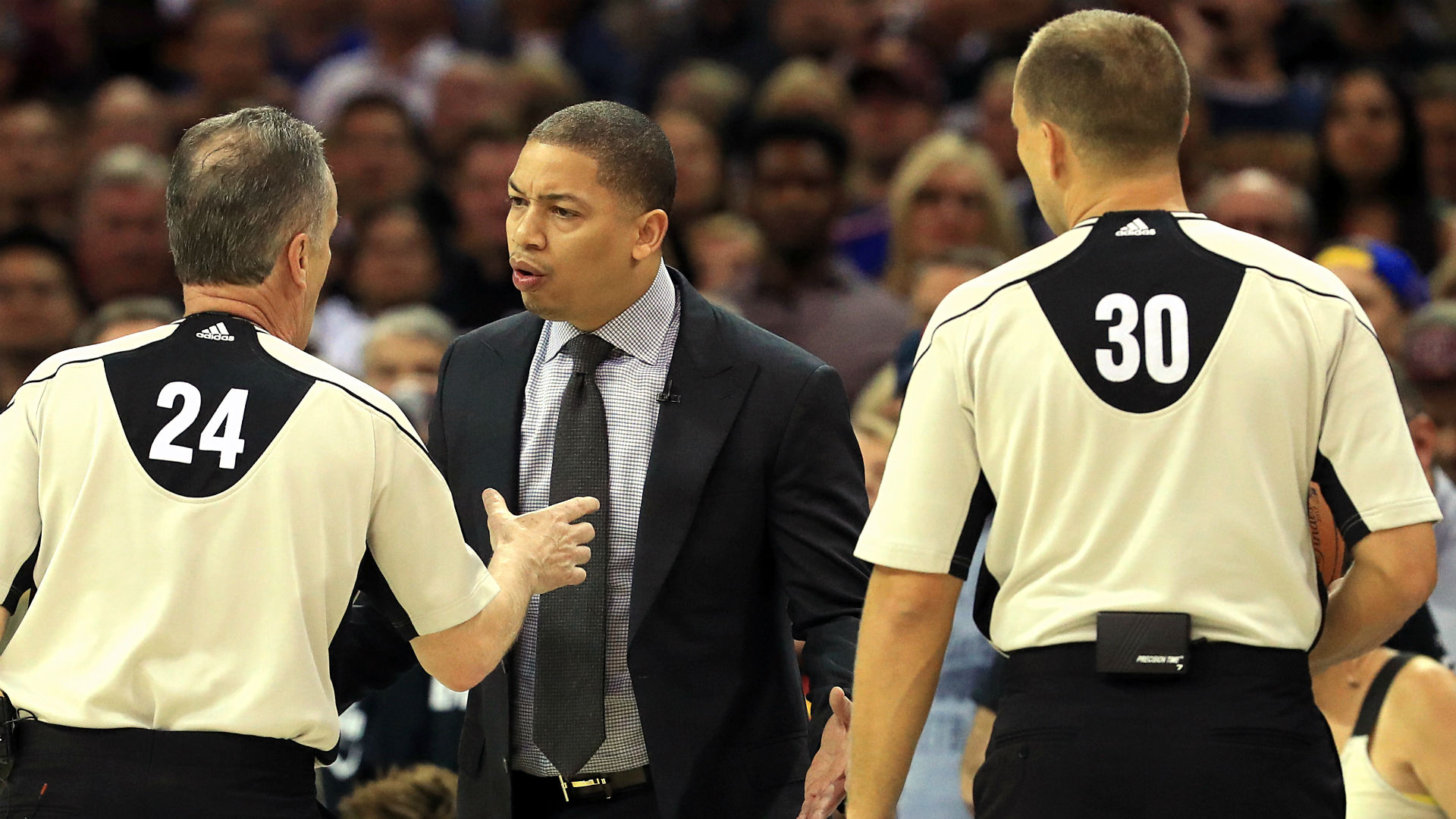 Cavs Halt Warriors Postseason Streak, Bring NBA Finals To 3-1