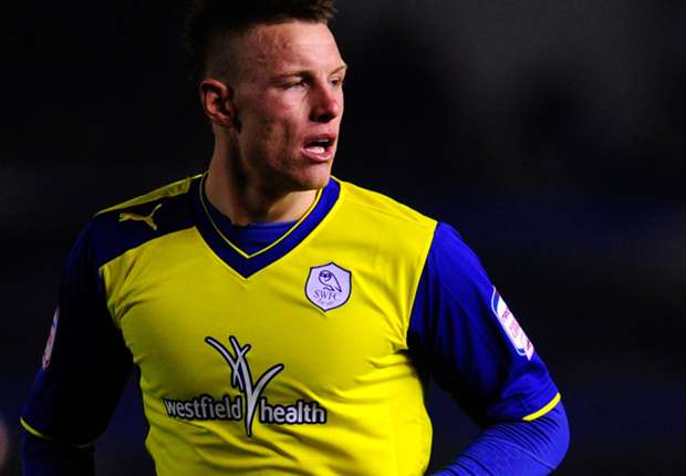 Sunderland recall Wickham from Sheffield Wednesday loan