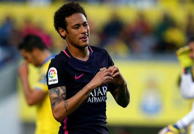 Ronaldinho urges Neymar to 'follow his heart' amid speculation over possible PSG switch