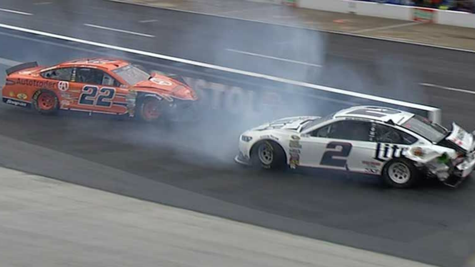 Joey Logano and Brad Keselowski wreck early as rains halt Food City 500