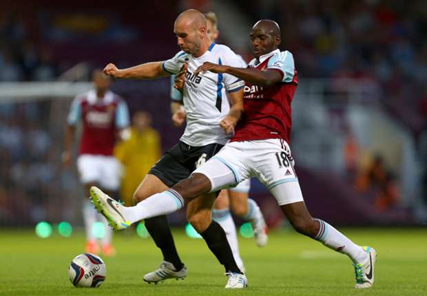 Fit-again Alou Diarra targeting West Ham first-team return
