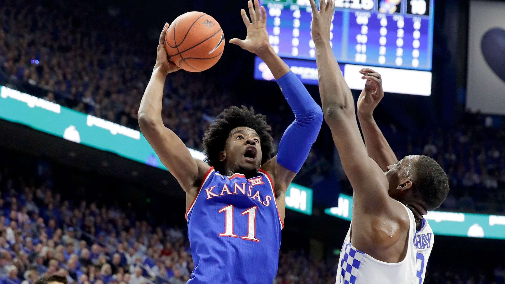 No. 2 Kansas rallies past No. 4 Kentucky 79-73 in Challenge