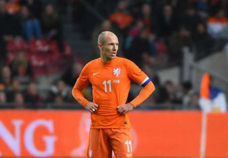 Robben receives Netherlands recall