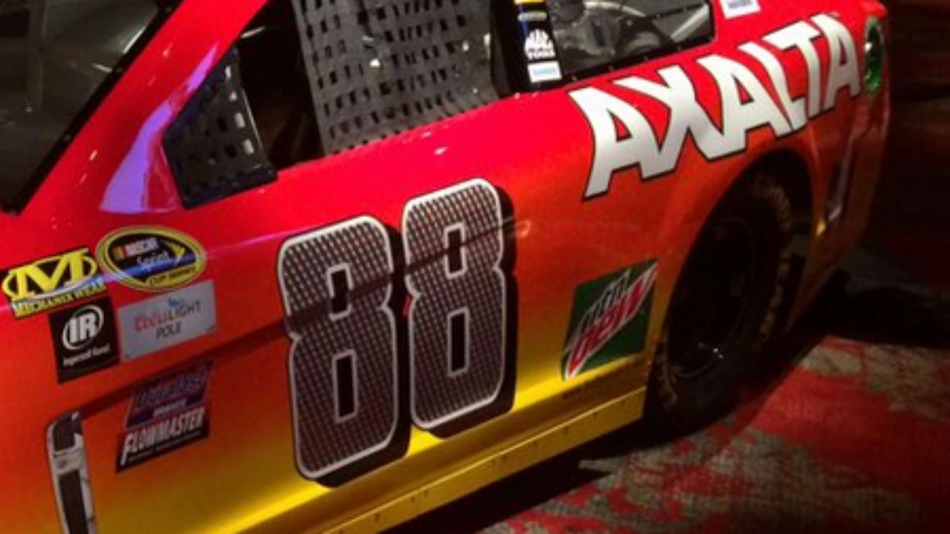 dale-jr-car-1222015-us-news-ftr
