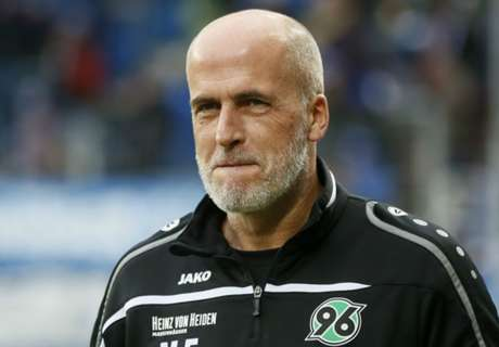 Frontzeck resigns as Hannover boss