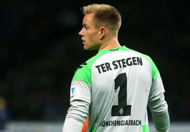 Guardiola: Ter Stegen suits Barcelona but Neuer still world's best