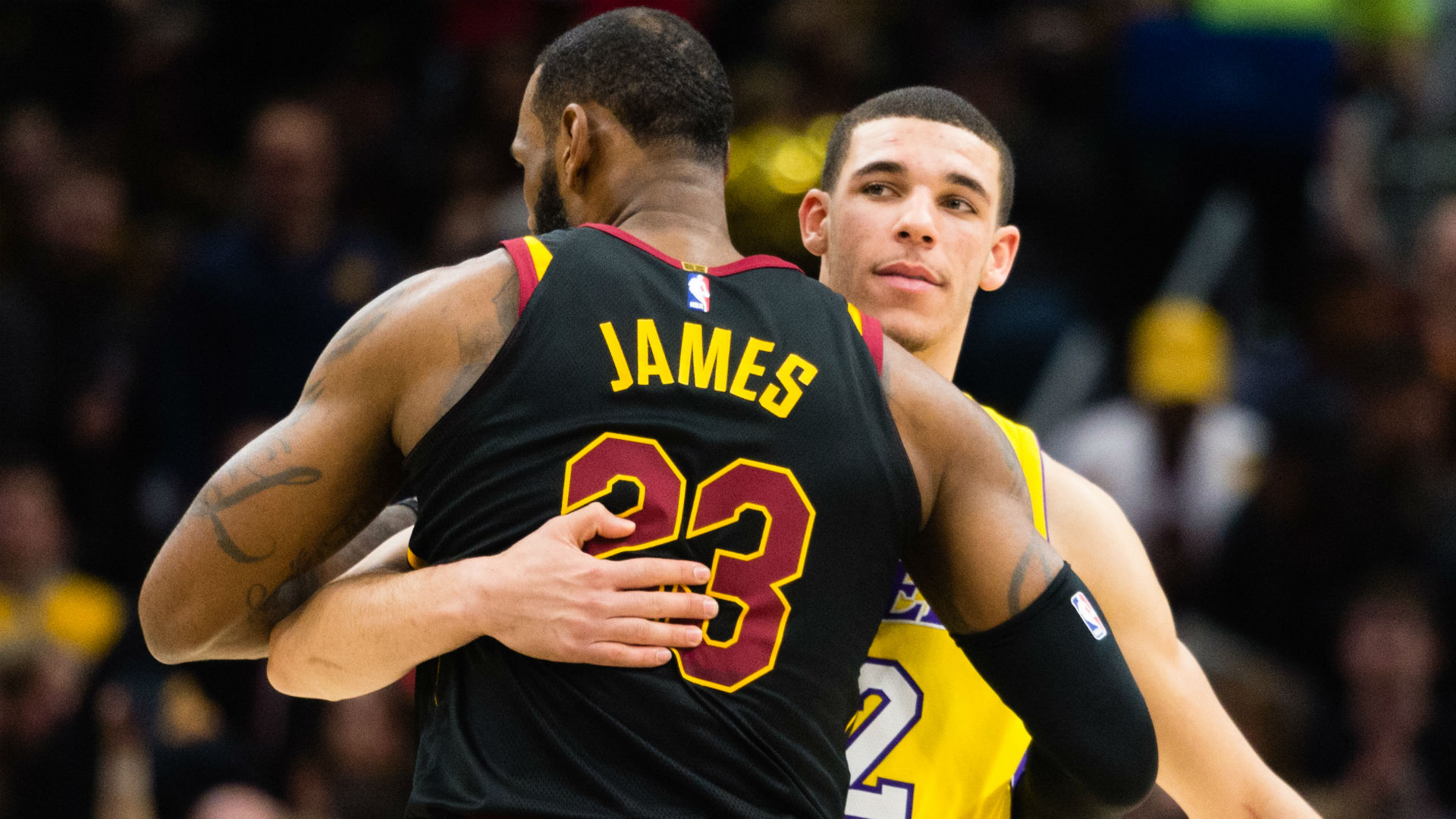 Here's what LeBron apparently told Lonzo Ball in their secret postgame chat