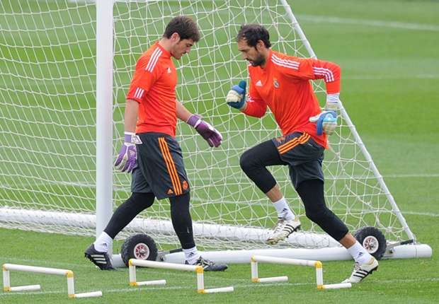 Real Madrid 'tension' is good for Casillas and Lopez, claims Mejias