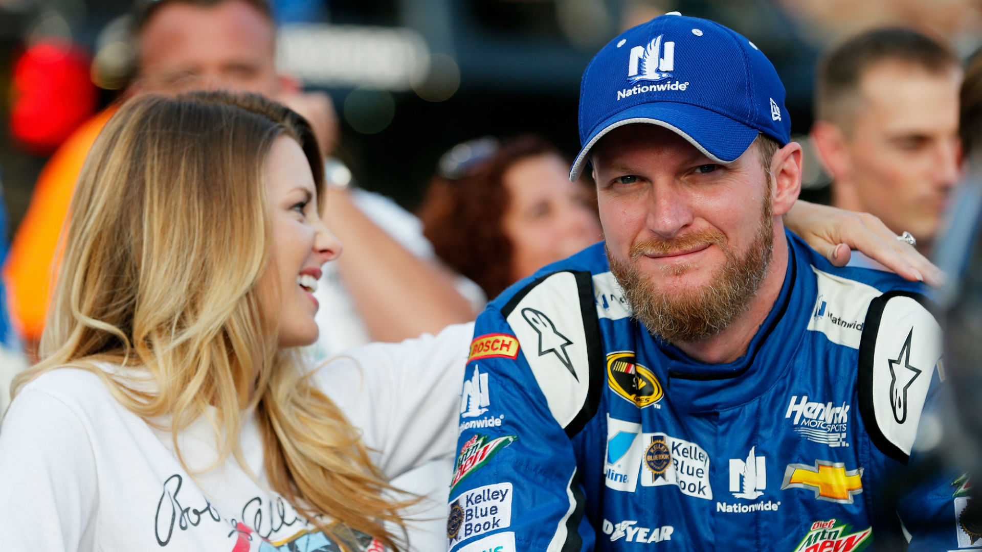 DaleJr.com | Official Website of NASCAR driver Dale Earnhardt Jr.