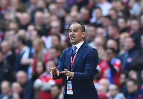 Martinez has no Everton guarantees