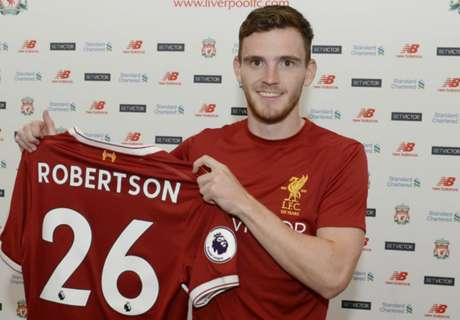 RESMI: Liverpool Datangkan Robertson