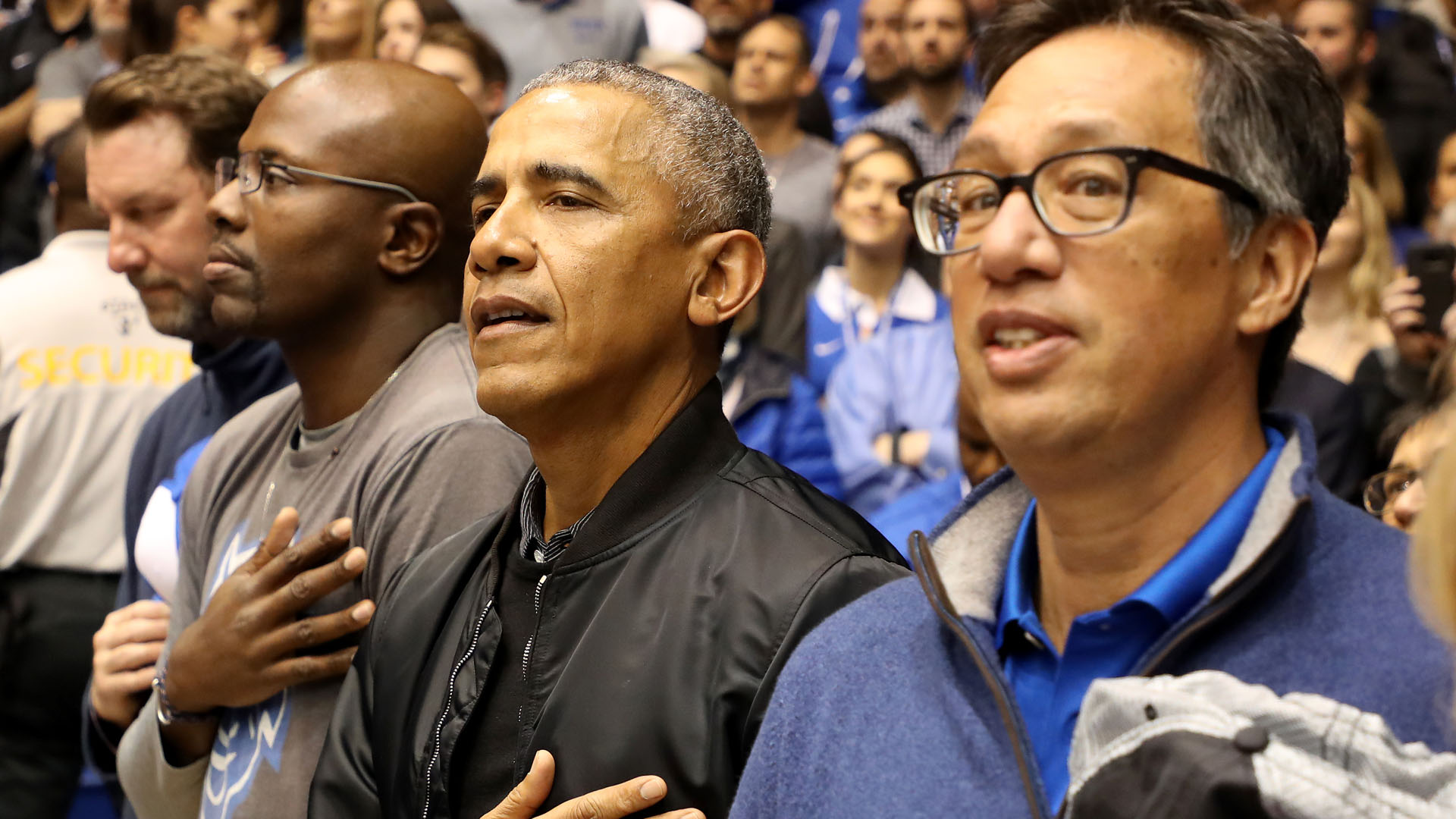 Former President Barack Obama wishes Zion Williamson a 'speedy recovery'
