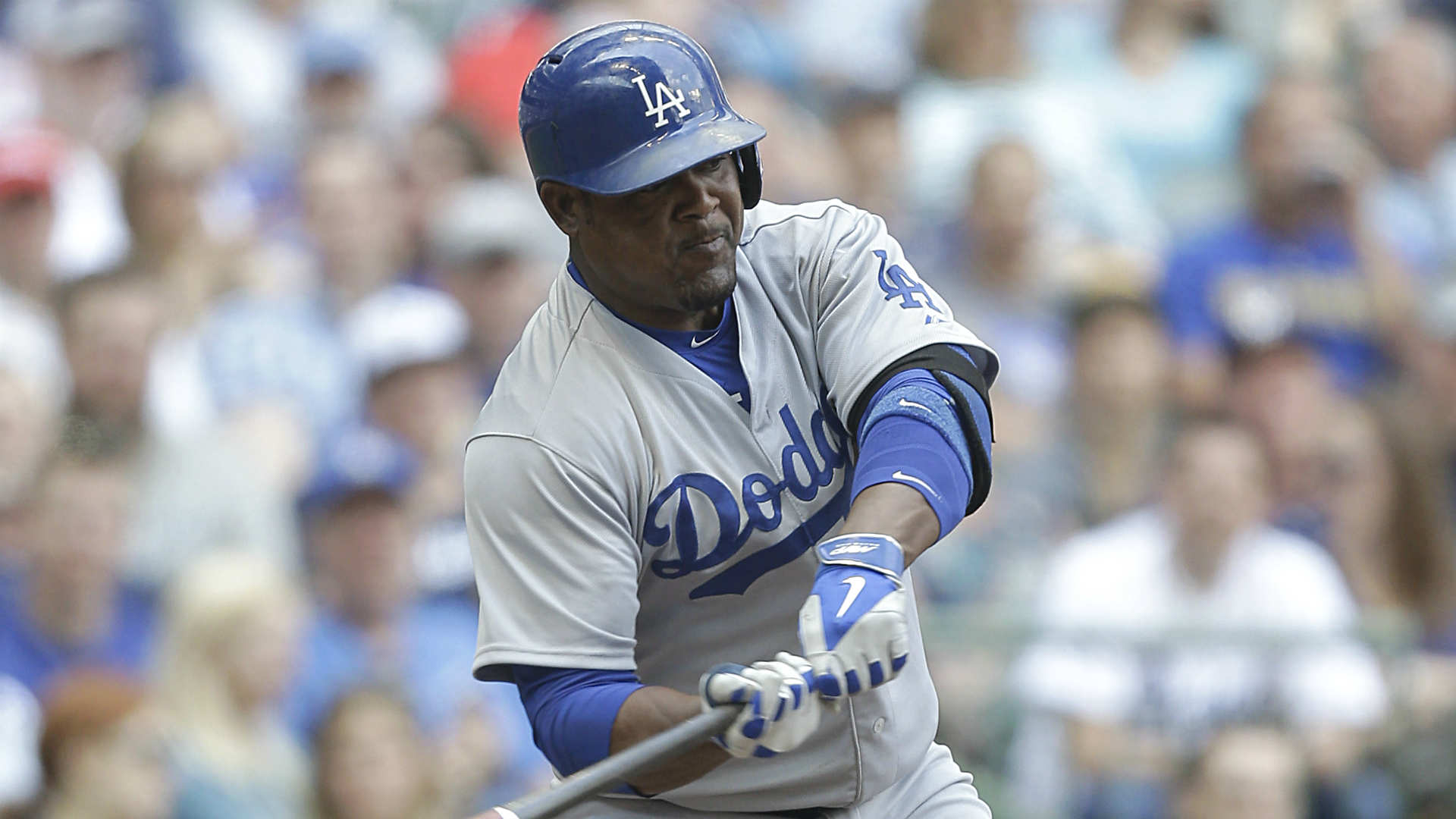 Braves, Dodgers finalize Callaspo-Uribe trade