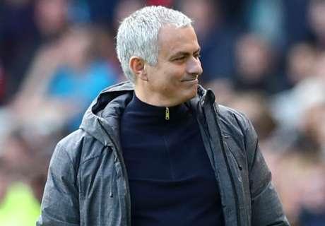 Scholes: Mourinho 'desperate' for title