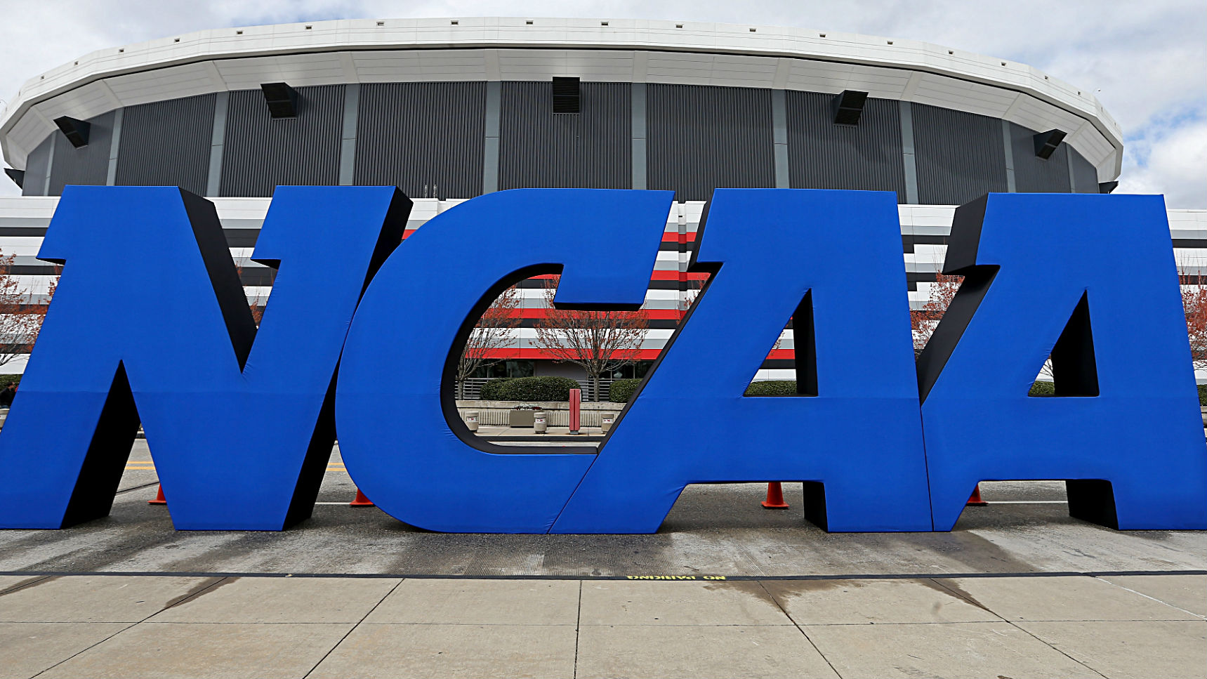 NCAA passes significant transfer reforms, redshirt rule