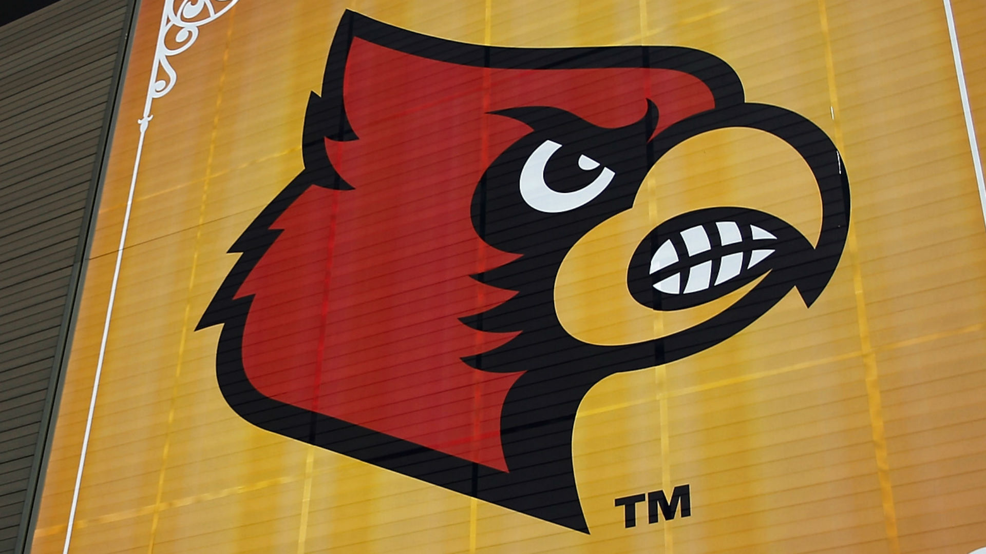 Fired Louisville assistant to join La Salle staff, reports say