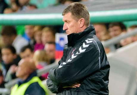 Lithuania boss quits immediately