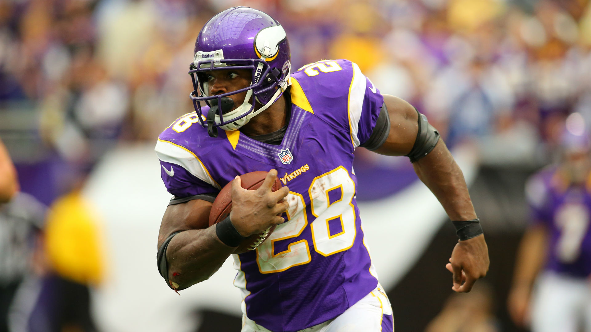 Adrian peterson believes he can play at 38 break rushing record nfl