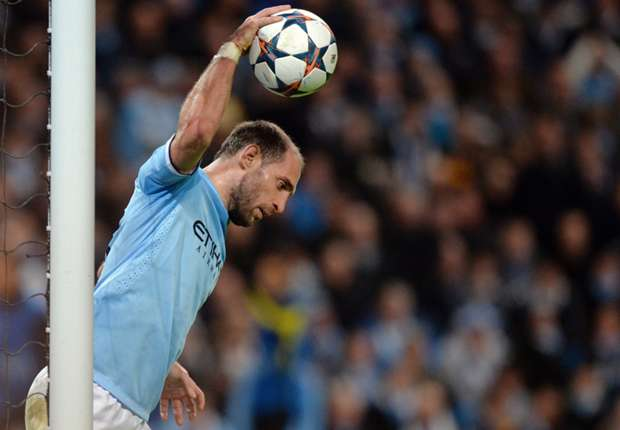 Manchester City defender Zabaleta eyeing Camp Nou fightback