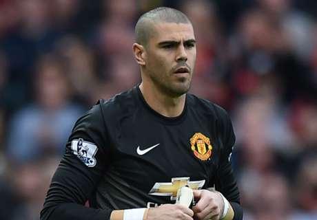 Valdes included in Man Utd squad