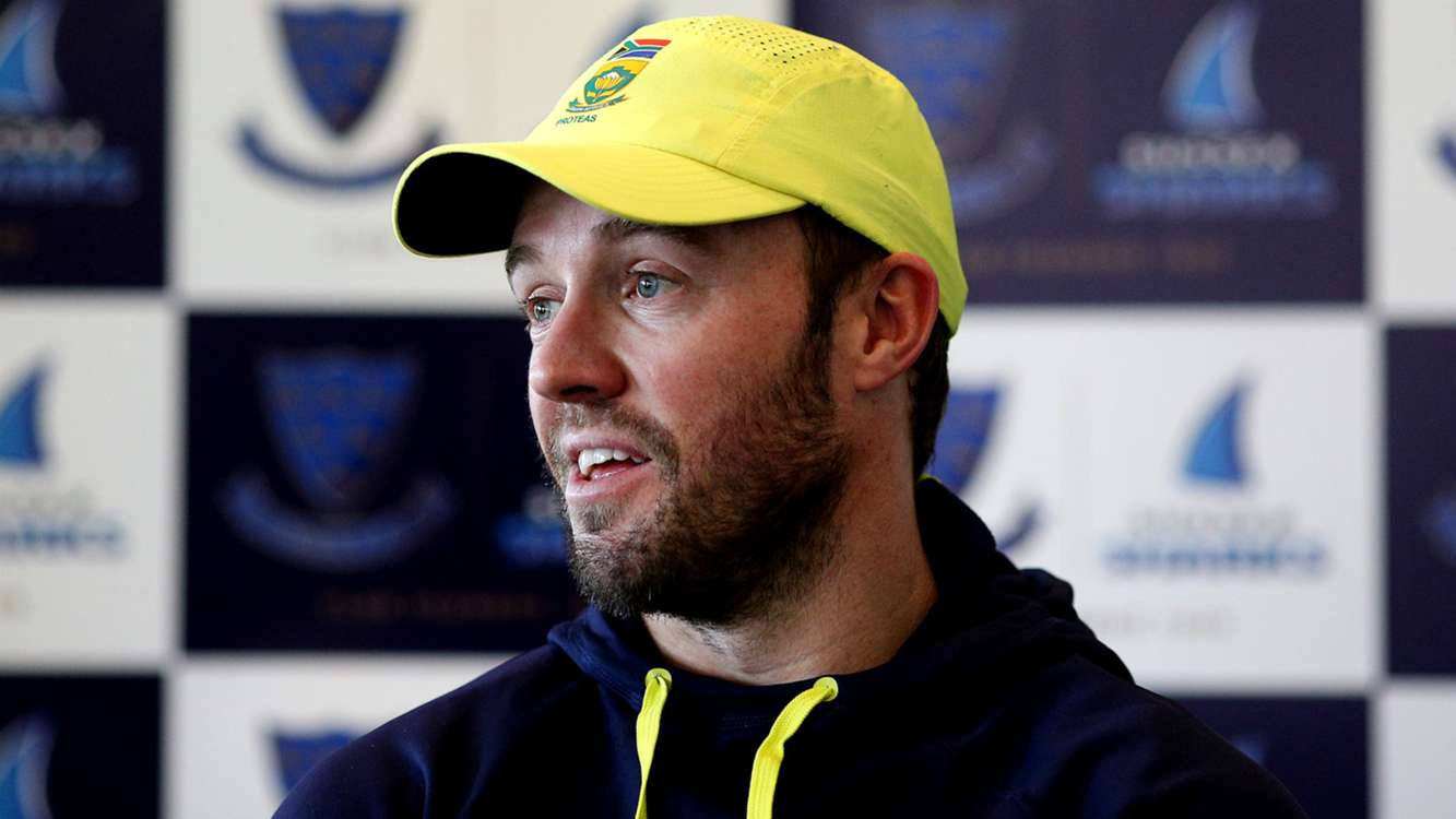 De Villiers claims England are among Champions Trophy favourites