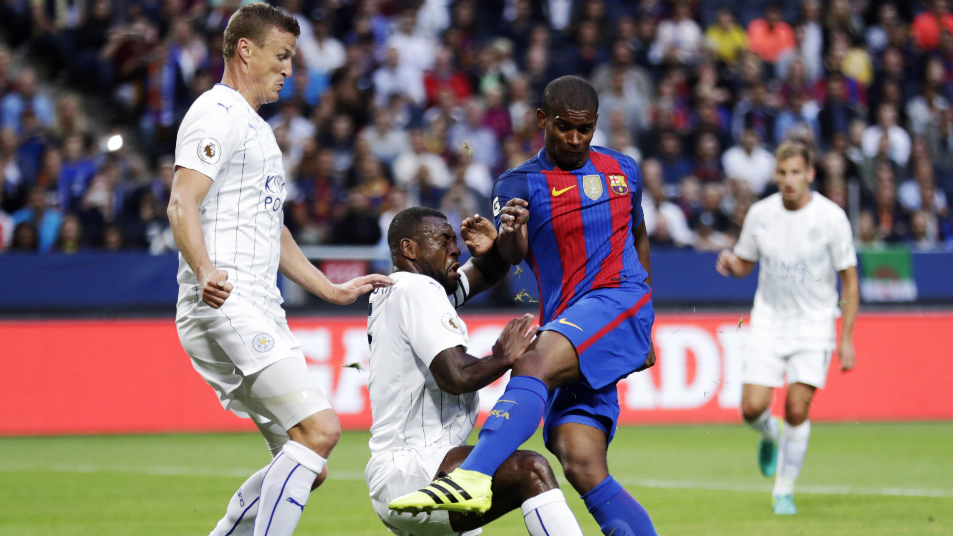 Barcelona sign Brazilian defender Marlon in three-year deal