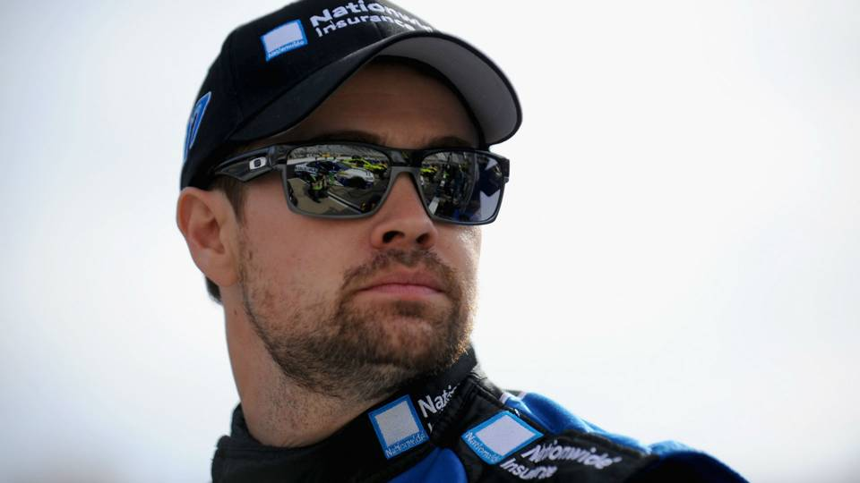 Ricky Stenhouse Jr. gets security escort after sparking 2 crashes at Daytona