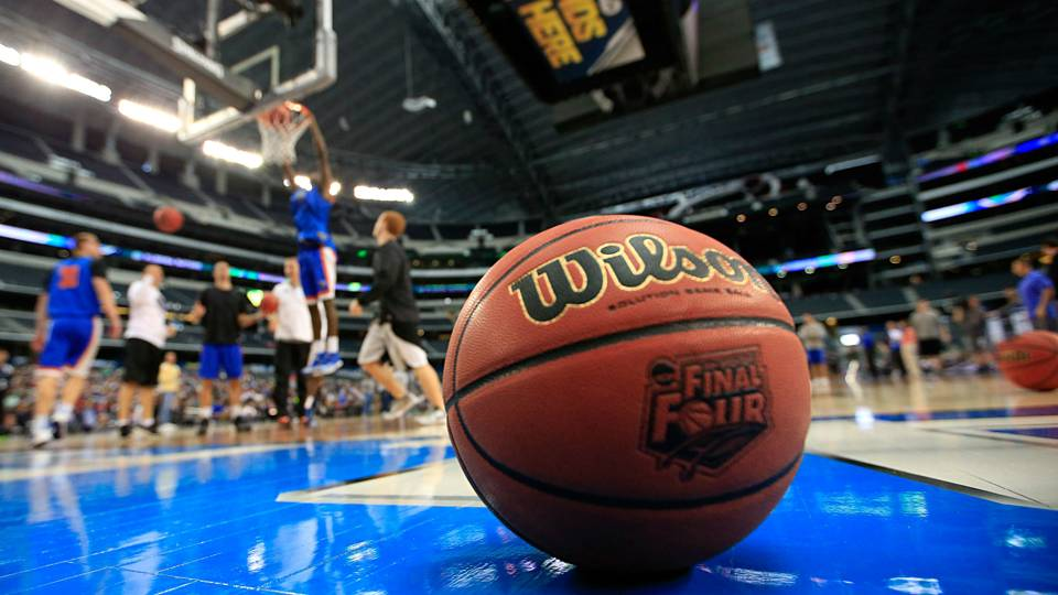 NCAA toying with moving season back one month, per ...
