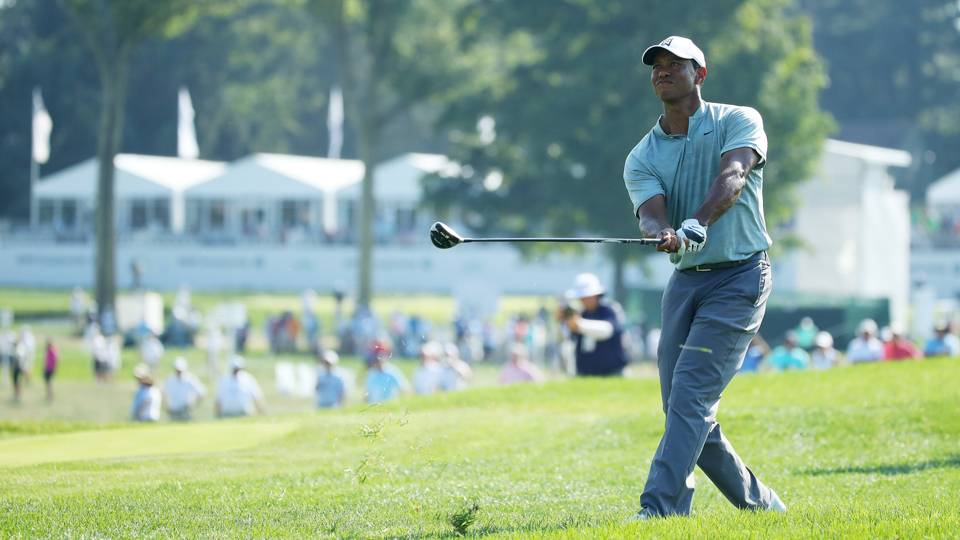 BMW Championship 2018: Tiger Woods, Rory McIlroy tied atop leaderboard for first time ever