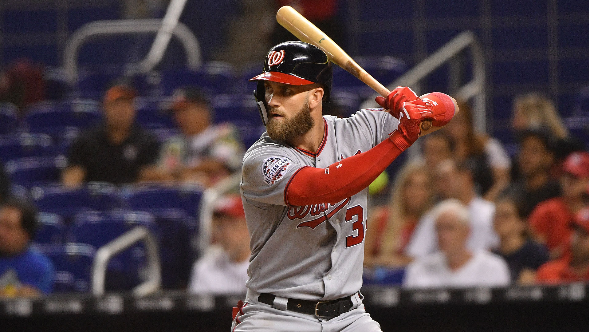 Bryce Harper will not consider short-term deal