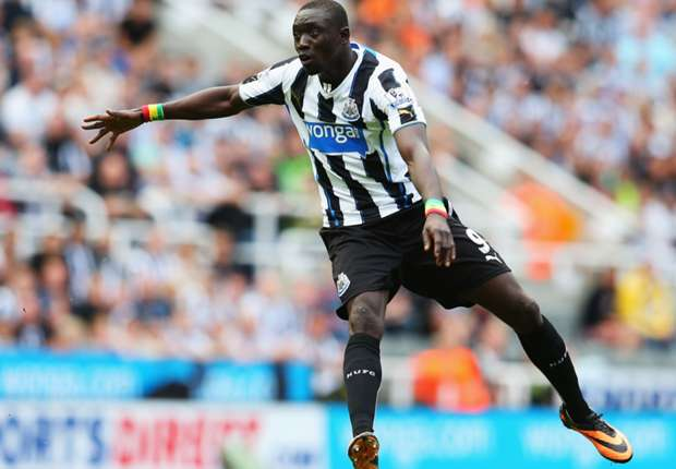 Papiss Cisse would cost 'a hell of a lot', says Pardew