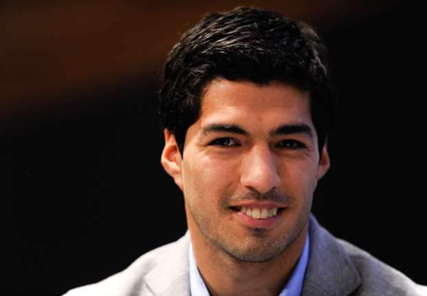 Luis Suarez 'so happy' at Liverpool despite transfer rumours