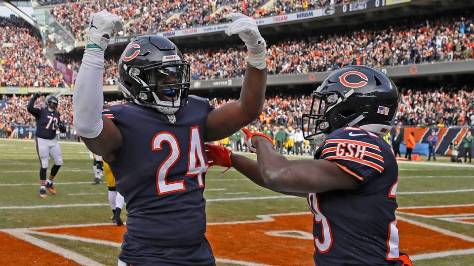 Bears shake off Packers to win NFC North and return to playoffs ... 89ac8148b