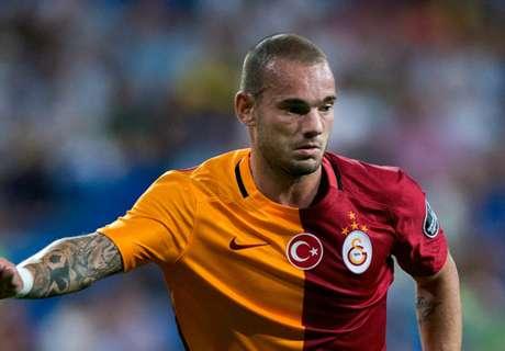 Sneijder plans Sampdoria switch