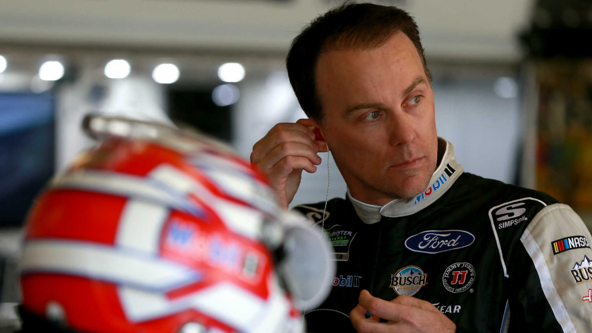 NASCAR starting lineup at Kansas: Kevin Harvick wins pole as Stewart-Haas Fords sweep first 4 positions