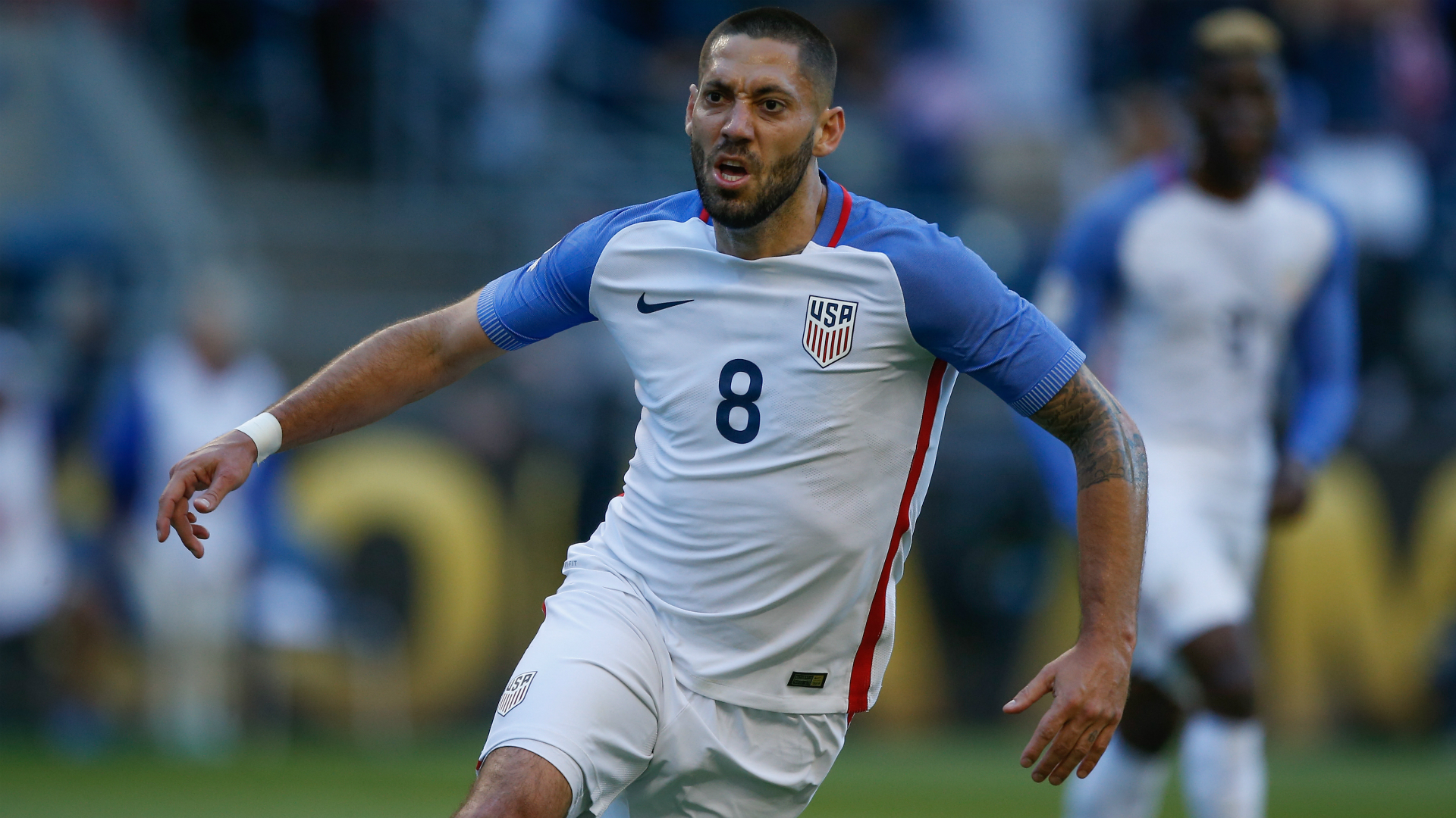Clint Dempsey returns to U.S. soccer for crucial World Cup qualifiers