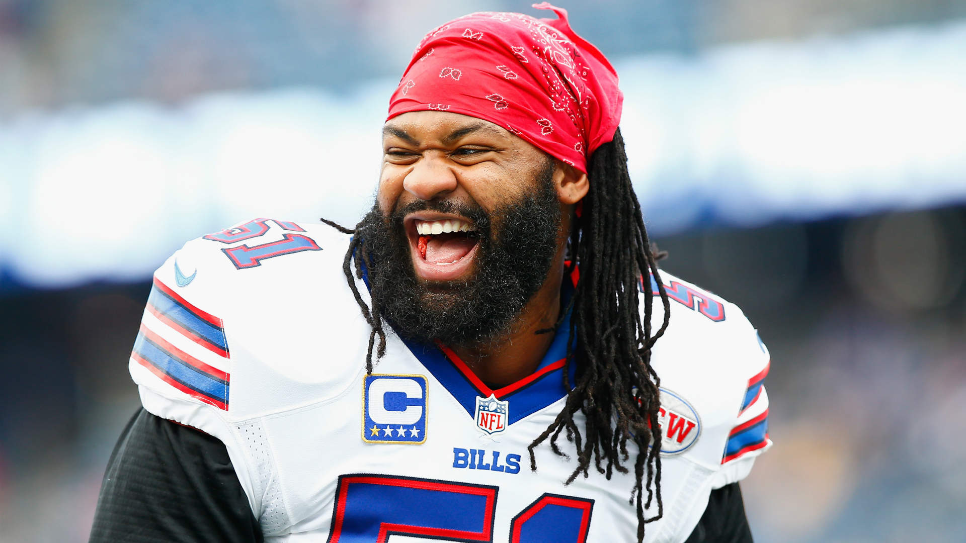 Brandon Spikes says he and Bill Belichick 'kissed and made up'