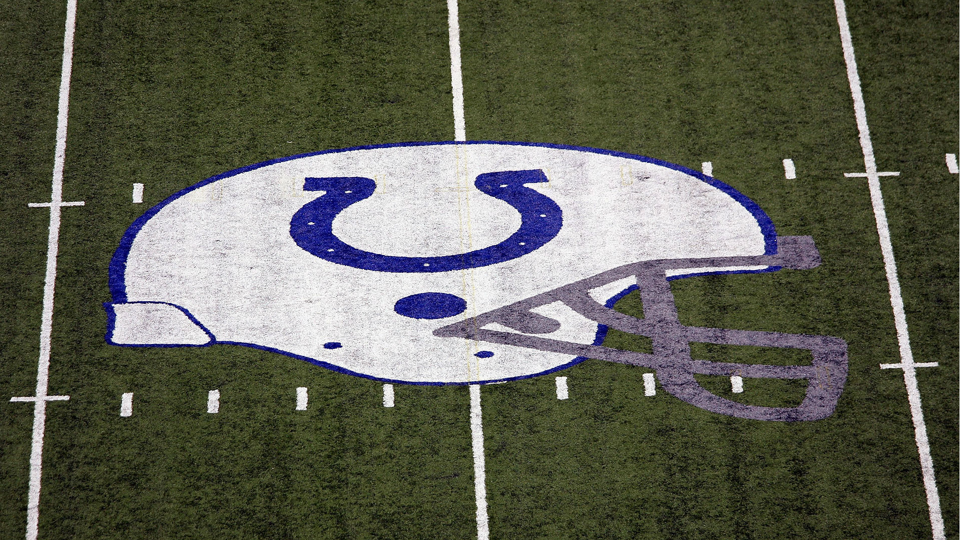 Colts announcer Bob Lamey stepped down days after using racial slur off-air